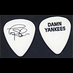 Damn Yankees Tommy Shaw Guitar Pick